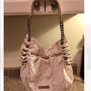 ✨BCBG White Shoulder Bag w/ Hardware✨
